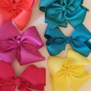 Other - Lot of 6 Boutique Bows